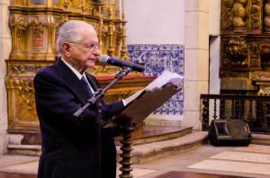 FIlho de Edgard, o ex-governador Roberto Santos foi um dos que prestou homenagem ao ex-reitor da UFBA. Foto: Virgínia Andrade