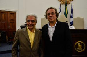 Os professores Antônio Novais, da Unicamp (esquerda) e João Carlos Salles, da UFBA.  Foto: Virgínia Andrade