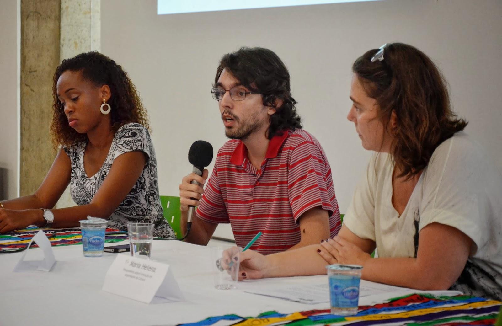 Geise Oliveira, Leonardo Costa e Maria Helena Cunha. Foto: Virgínia Andrade