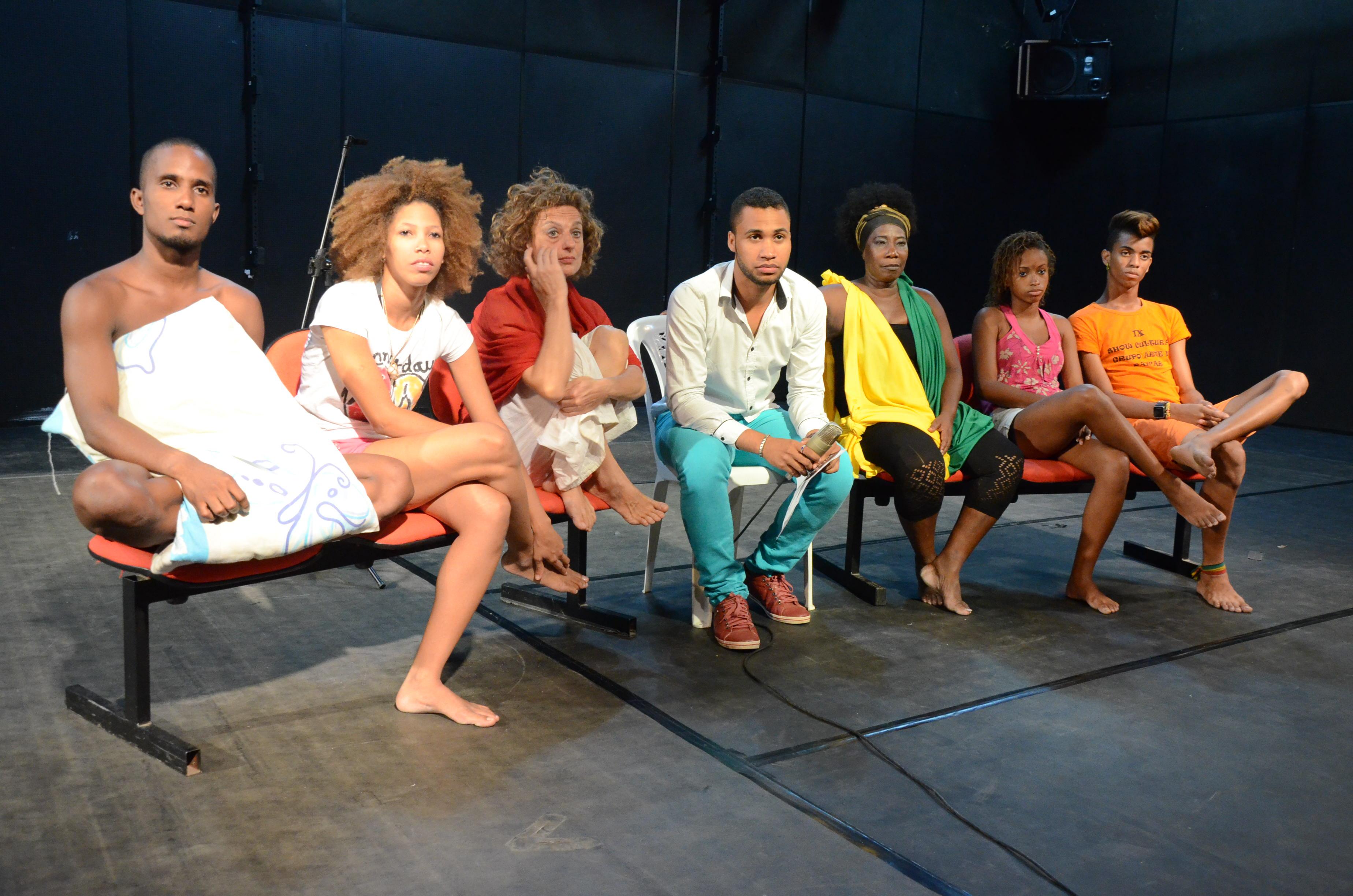 Na foto, grupo que se apresentou na última edição do Corpos em Solos e Duos Foto: Gustavo Salgado
