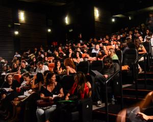"""Lotação esgotada para a exibição de """"Laranja Mecânica, na estreia do Cineclube do Glauber Rocha Foto: Natácia Guimarães"""