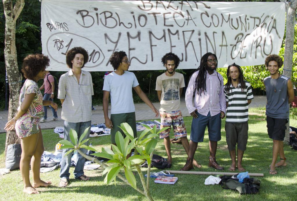 Coletivo realiza Bazar Itinerante da Biblioteca Comunitária Zeferina-Beiru
