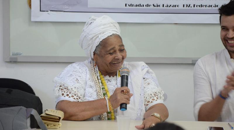 Mãe Walquiria D'Oxum também participou da mesa (Foto: Alana Bittencourt)