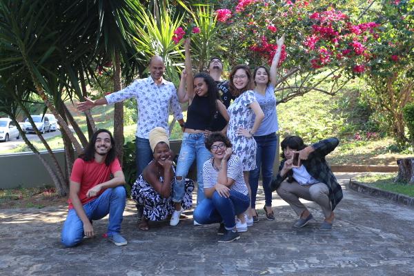 Professor Adriano Sampaio, Lua Gama (repórter), Gabriel Moura (repórter), Amanda Palma (editora), Laís Prado (produtora), Tiago Lobão (programador), Kalú Santana (repórter), Maíra Miquilini (designer) e Felipe Vaqueiro (editor de vídeo) Foto: Maíra Miquilini
