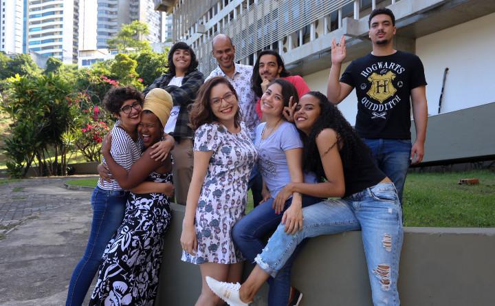 Equipe da Agenda Arte e Cultura 2018.2 (Foto: Maíra Miquilini)