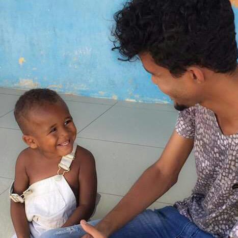 Fernando numa ACCS que realizava um trabalho de auxílio na caprinovinocultura na comunidade de Vista Bela (Foto: Acervo Pessoal)