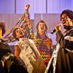 'Pele Negra, Máscaras Brancas', da Cia. de Teatro da UFBA, será encenada no TCA