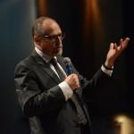 'Colocamos likes e compartilhamos sem pensar no que isso vai contribuir', diz Pierre Lévy