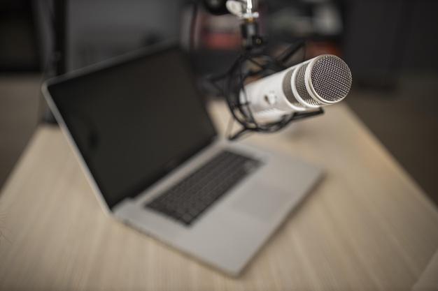 Podcasts baianos investem em produções sobre a cultura local; conheça alguns