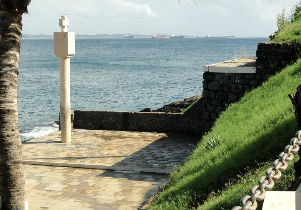 O Marco de Fundação da Cidade de Salvador é datado de dezembro de 1548 e se localiza no Porto da Barra (Foto: Tony Bittencourt)
